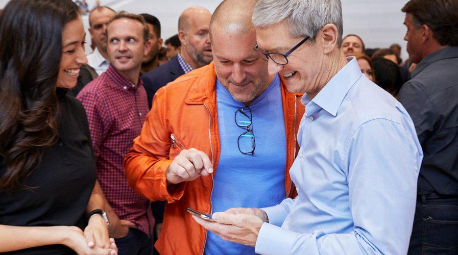 apple, tim cook, 10th anniversary
