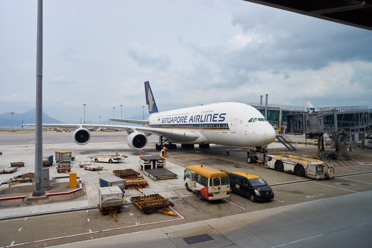 singapore airlines analysis The swot analysis for singapore airlines presented below analyzes the internal and external environmental factors such as strengths, weakness, opportunities and.