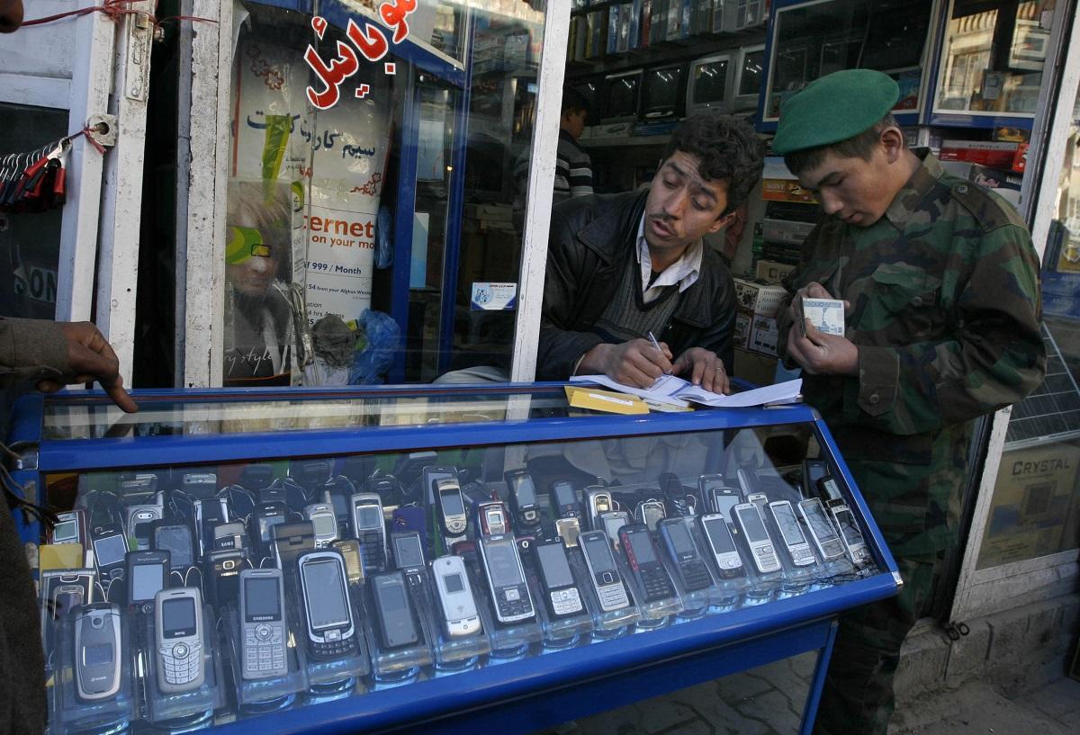 afghanistan kabul mobile phone seller