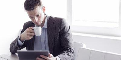 B2B buyers need better content. Source: Shutterstock
