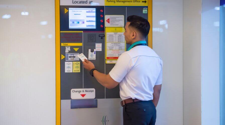 Malaysia has cashless options, but Malaysians prefer cash. Source: Shutterstock
