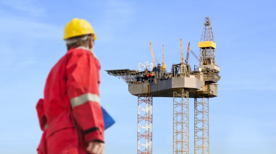 Thanks to AI-powered automation humans may not need to be on board the off-shore oil drilling platforms in the future. Source: Shutterstock