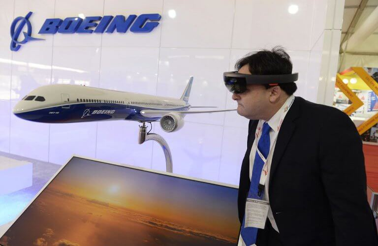 VR can radically transform in-flight entertainment. Source: Noah Seelam / AFP