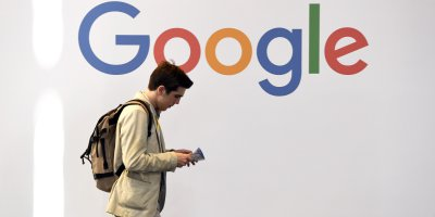 Google and Facebook have come under increased scrutiny by the Australian competition watchdog, who among others proposing a new regulatory body to oversee the digital platform providers. Source: ALAIN JOCARD / AFP