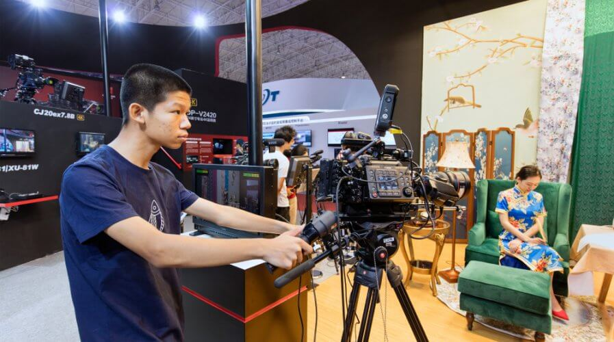 Live streaming is gaining steam in China and across the world. Source: Shutterstock
