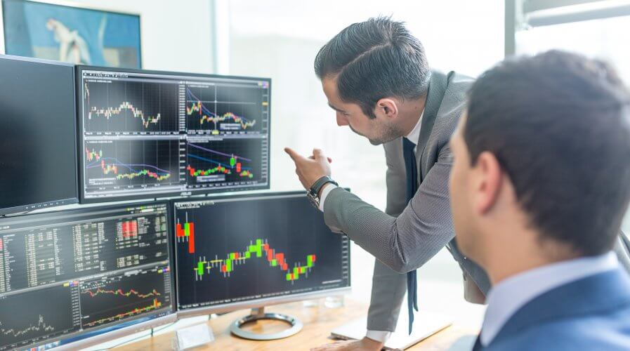 Companies are deploying data analytics to drive their business forward. Source: Shutterstock