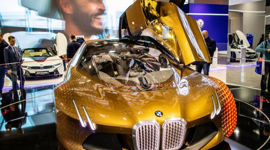 Automakers such as BMW are investing in private 5G networks. Source: Shutterstock