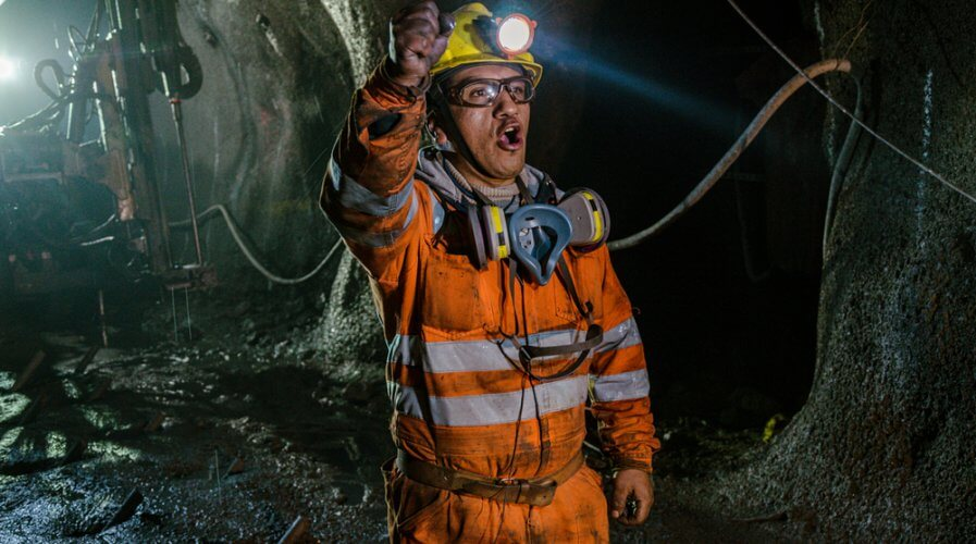 Mining companies can benefit significantly from using technology in 2020. Source: Shutterstock