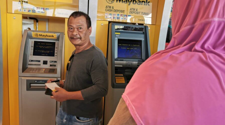 Cash payments to drop in Malaysia thanks to the rising popularity of credit, debit, and charge cards. Source: Shutterstock