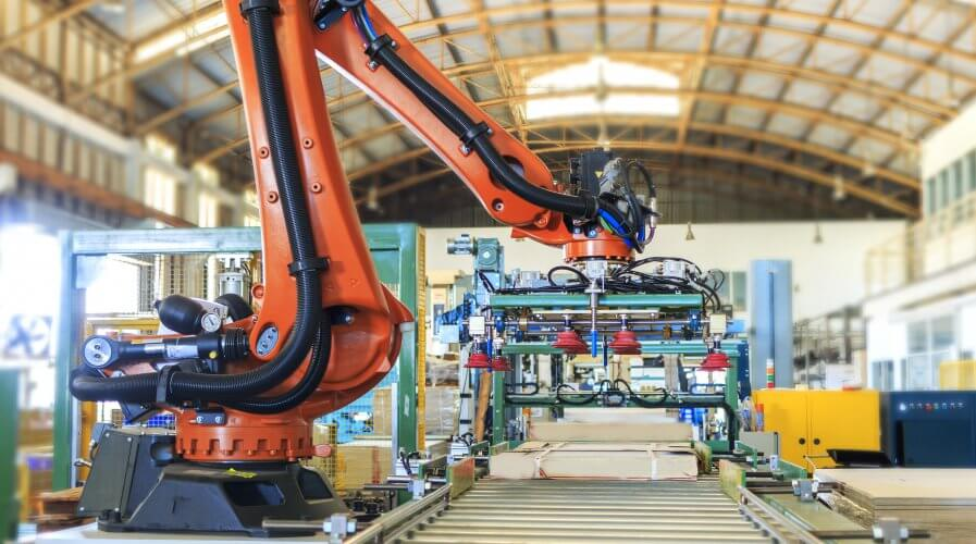 Manufacturers today must leverage IoT and 5G technology. Source: Shutterstock.