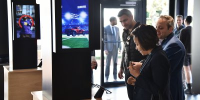 Visitors checking out 5G-enabled devices at last year's Super Bowl.