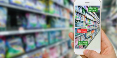Augmented reality assisting shoppers in the store get more product information. Source: Shutterstock