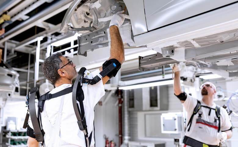 Audi ergonomic exoskeletons