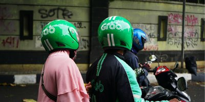 Grab delivery drivers