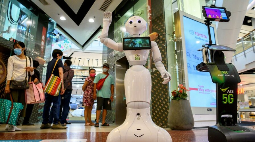 5G-robot-Thailand 4.0