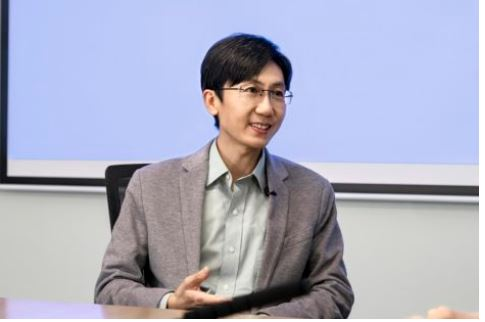Qin Fei, head of the Vivo Communications Research Institute