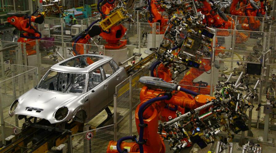 BMW embraces quantum computing to enhance supply chain