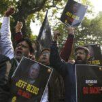 Traders demonstrate demanding the closure of online shopping platforms Amazon and Flipkart, last year