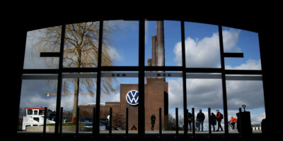 Volkswagen to collaborate with China's Guoxuan to manufacture EV batteries in Germany