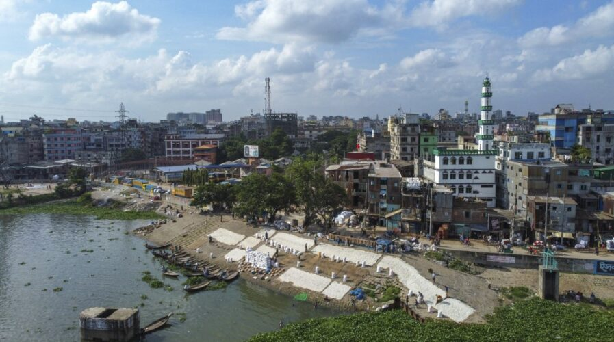 With input from Japan, Bangladesh might have its own Dhaka smart city soon. (Photo by MUNIR UZ ZAMAN / AFP)